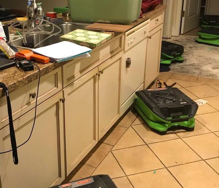 If your kitchen gets water damage, SERVPRO is can help 24/7
